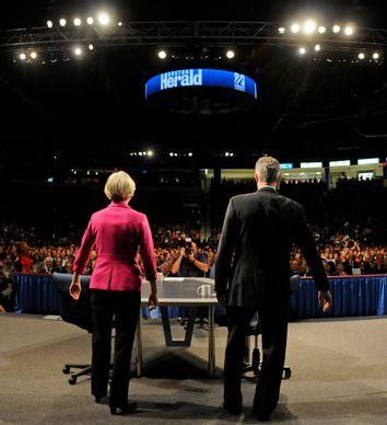 Scott Brown, Elizabeth Warren