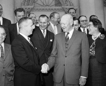 Dwight D. Eisenhower, Arch Moore