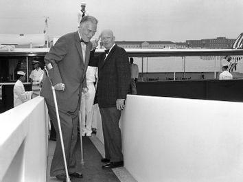 Dwight Eisenhower, Christian Herter