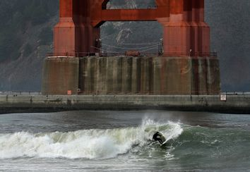Golden Gate Bridge Surfer