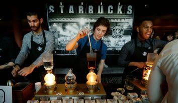 Starbucks-Hourly-Pay