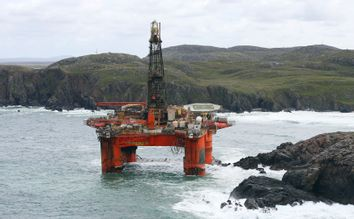 Oil rig detachment