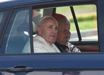 Pope Francis, Stanislaw Dziwisz