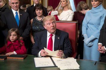 Donald Trump, Mike Pence, Karen Pence, Ivanka Trump, Melania Trump, Arabella Rose Kushner