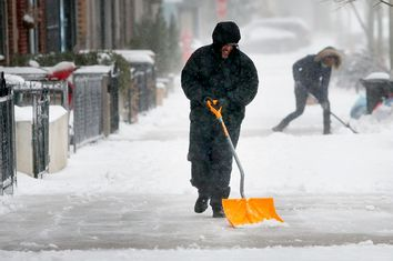 Major Blizzard Hammers East Coast With High Winds And Heavy Snow