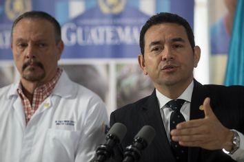 Jimmy Morales, Carlos Soto
