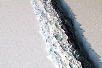 Larsen-C Ice Shelf Crack