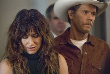 Kathryn Hahn and Kevin Bacon in