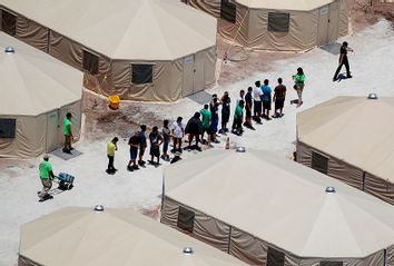 Tornillo Tent Camp