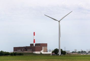 Investment In Renewable Energy Outpaces Fossil Fuels As Costs Fall