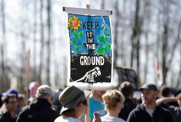 CANADA-PROTEST-OIL-PIPELINE