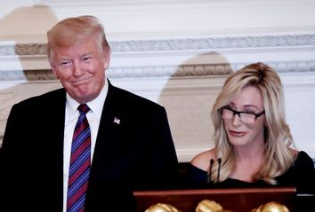 Donald Trump; Paula White