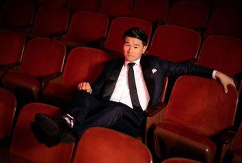Ronny Chieng; Asian Comedian Destroys America; Netflix