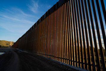 United States-Mexico border wall