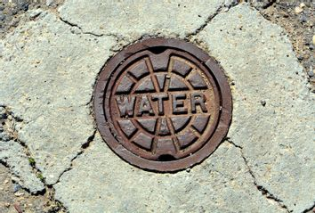 New Mexico; Drought; water; manhole cover