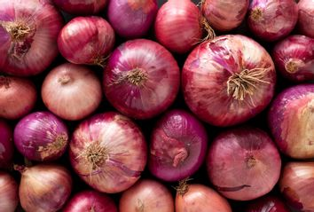 onions; red onions