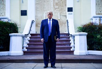 Donald Trump; St John's Episcopal church