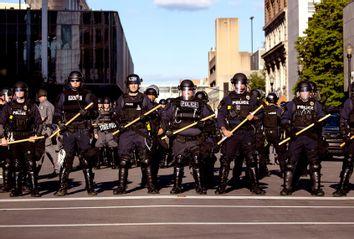 Lousiville; Police