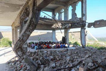 Yemeni children in school
