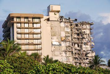 Florida; Collapse of the Champlain Towers condominium