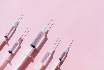 Set of syringes with medication