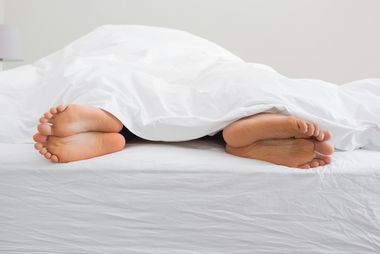 Dreier mit williger Deutsch Türkin im privaten Sex Salon