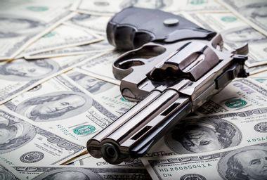 Gun, Money