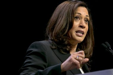 Kamala Harris shreds attorney general nominee William Barr over apparent support for Trump's wall