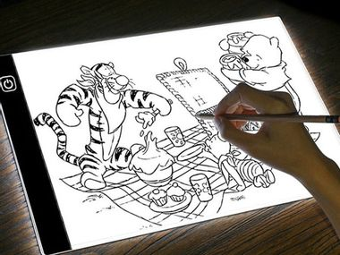 Image for Bring out your inner Rembrandt with this tracing pad
