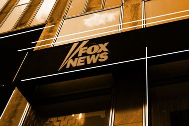 """Nation's largest Hispanic journalist group cuts ties with Fox News over migrant """"invasion"""" rhetoric"""