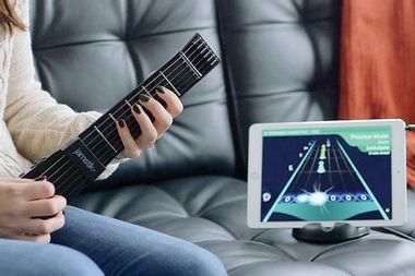 Learn guitar in a fun way with this smart guitar and app