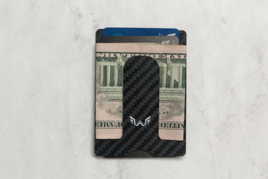 Store up to 10 cards & your cash in this minimalist wallet