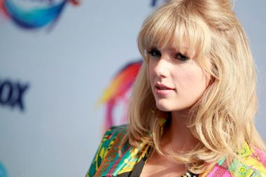 """Taylor Swift's """"Lover"""" is a love letter herself — past and present"""