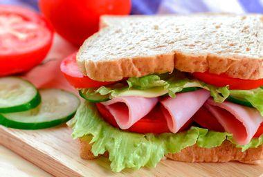 bologna sandwitch