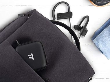 Image for Ditch your wires with these Bluetooth headphones