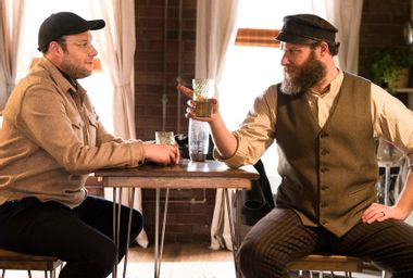 """Seth Rogen and Seth Rogen in """"An American Pickle"""""""