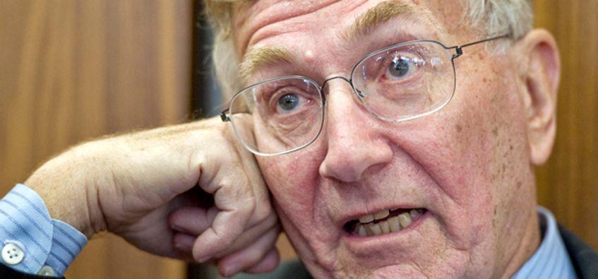 Seymour Hersh Spills The Secrets Of Bin Ladens Execution He Was A