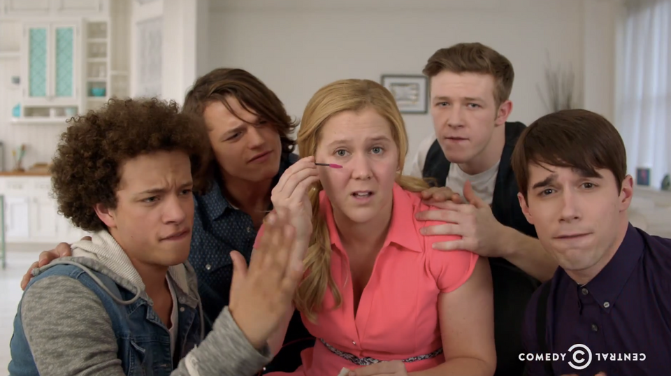 Amy Schumer Continues To Crush The Comedy Game With Girl