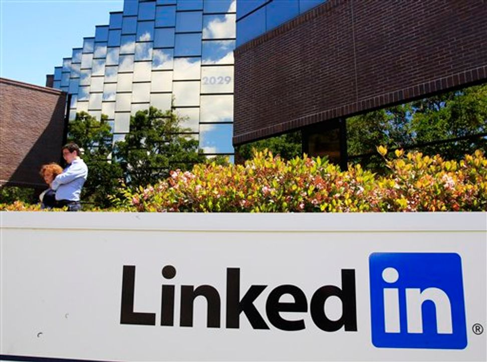 10 reasons to fear LinkedIn's new service