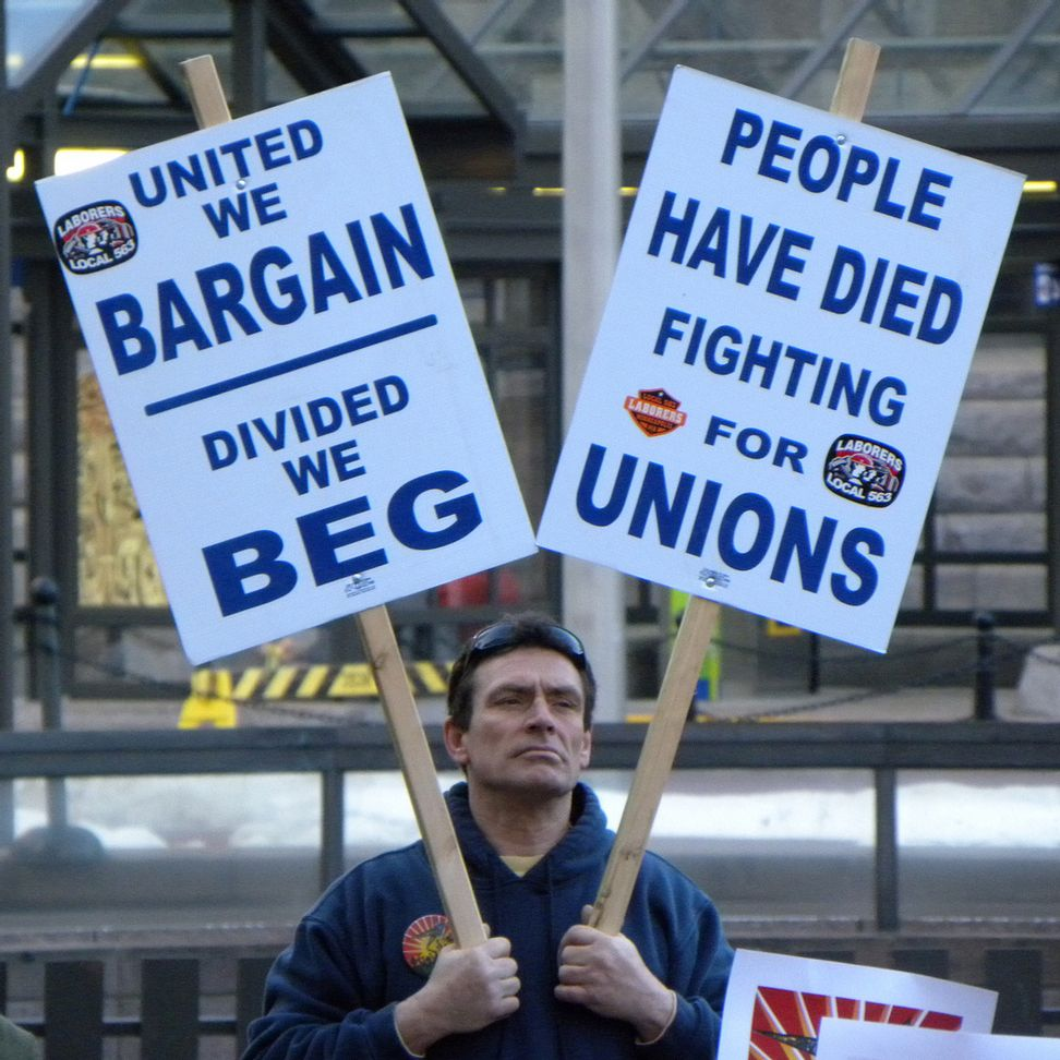 Divided, the unions are falling, as right-to-work laws are gaining ground