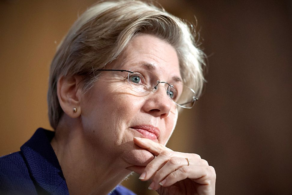 Elizabeth Warren urges expansion of Social Security
