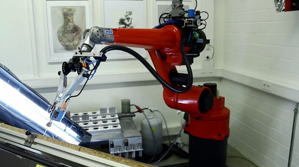 Teaching robots how to paint | Salon.com