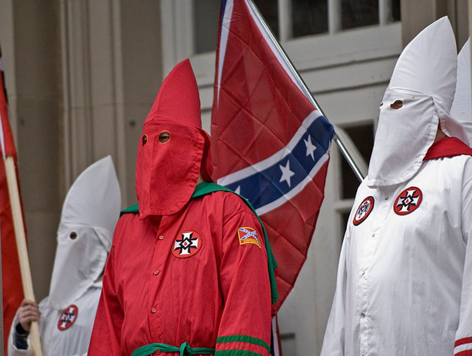 """KKK issues """"call to arms"""" over Alabama same-sex marriage ruling"""