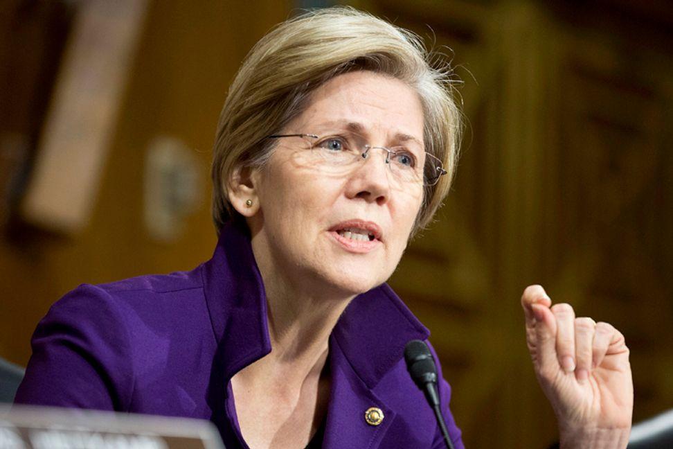 Elizabeth Warren takes on Sallie Mae
