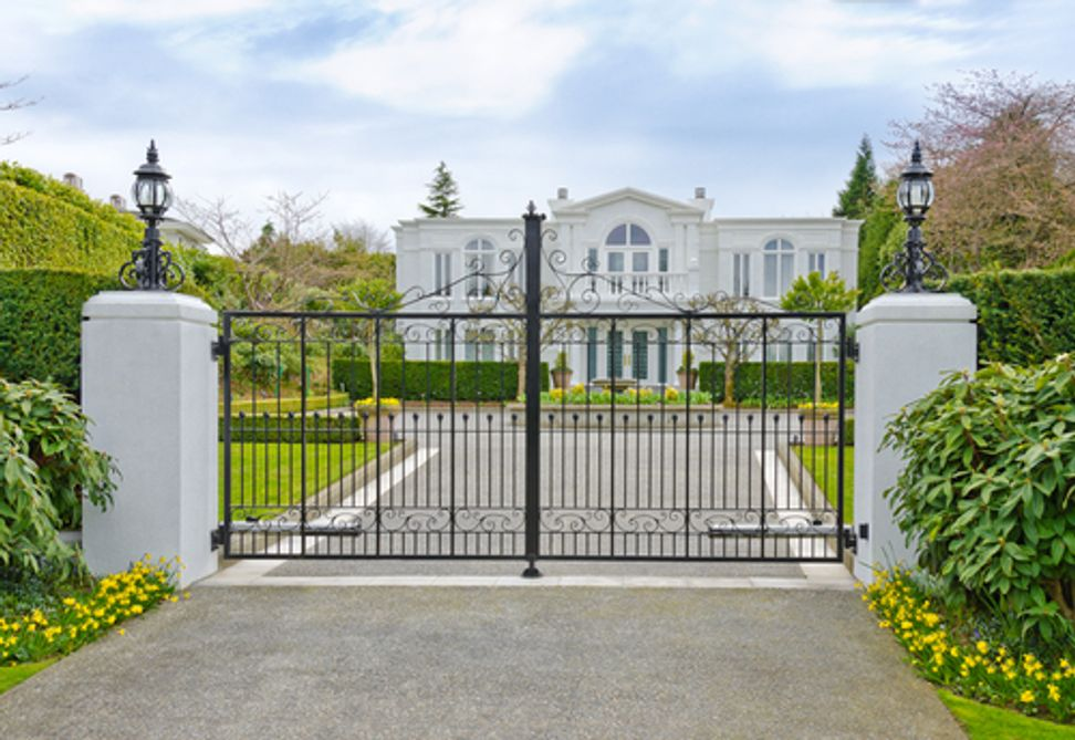 Study: Wealthier neighborhoods breed materialistic residents | Salon.com