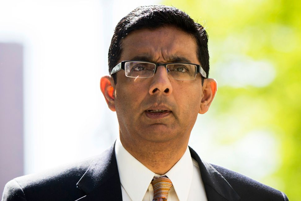 """Dinesh D'Souza's laughable embarrassment: A review of """"America: Imagine the World Without Her"""""""