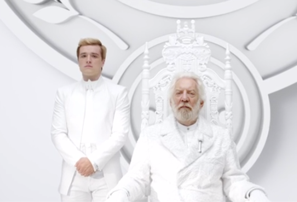 """Here's the first official trailer for """"The Hunger Games: Mockingjay Part I"""""""
