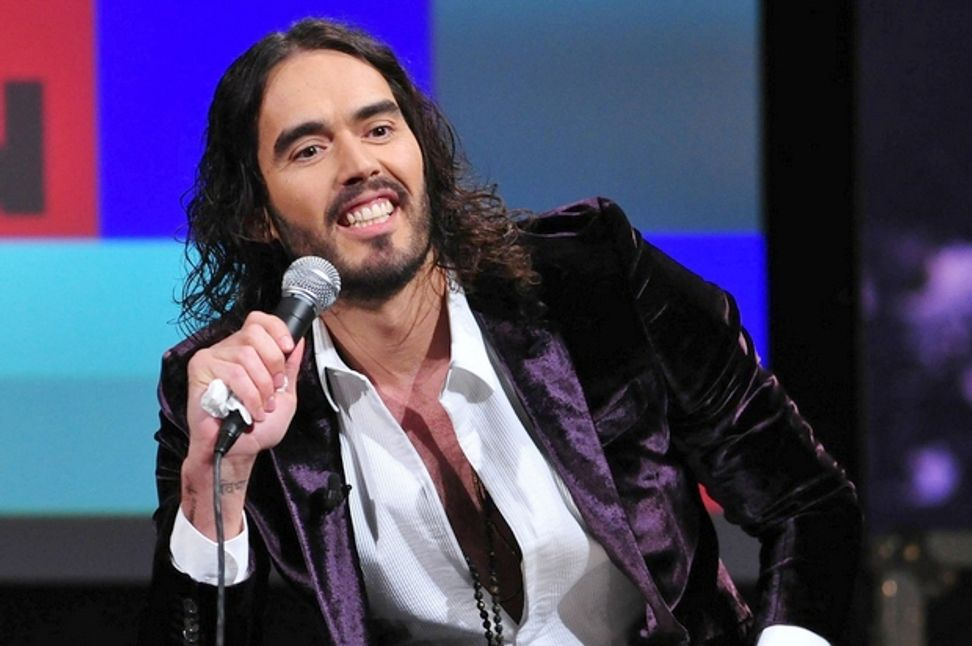 Russell Brand absolutely demolishes Fox News over Ferguson coverage | Salon.com