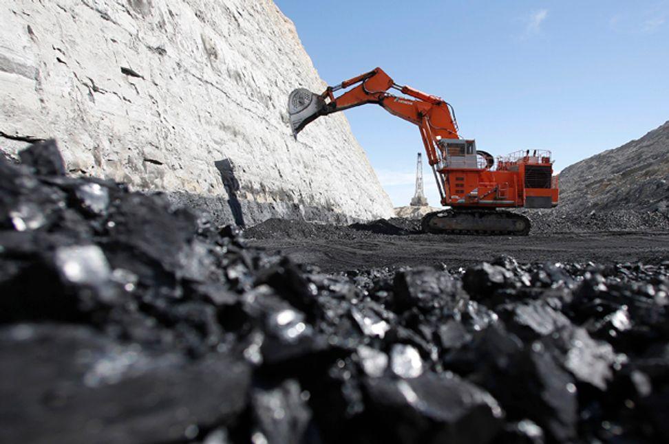 America's worst corporate ogre: How Big Coal is shamelessly plotting to stay alive | Salon.com