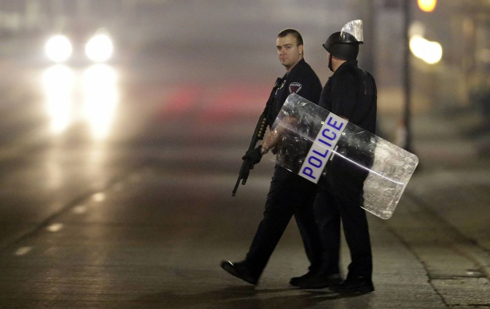 Police and witnesses have conflicting accounts of Ferguson shooting